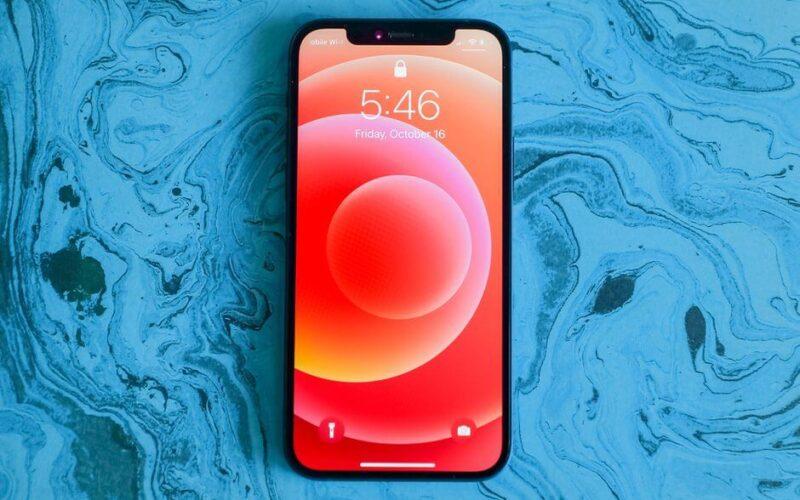 سامسونج تبدأ عملية تصنيع شاشات LPTO لهواتف هواتف iPhone 13 القادمة 2021
